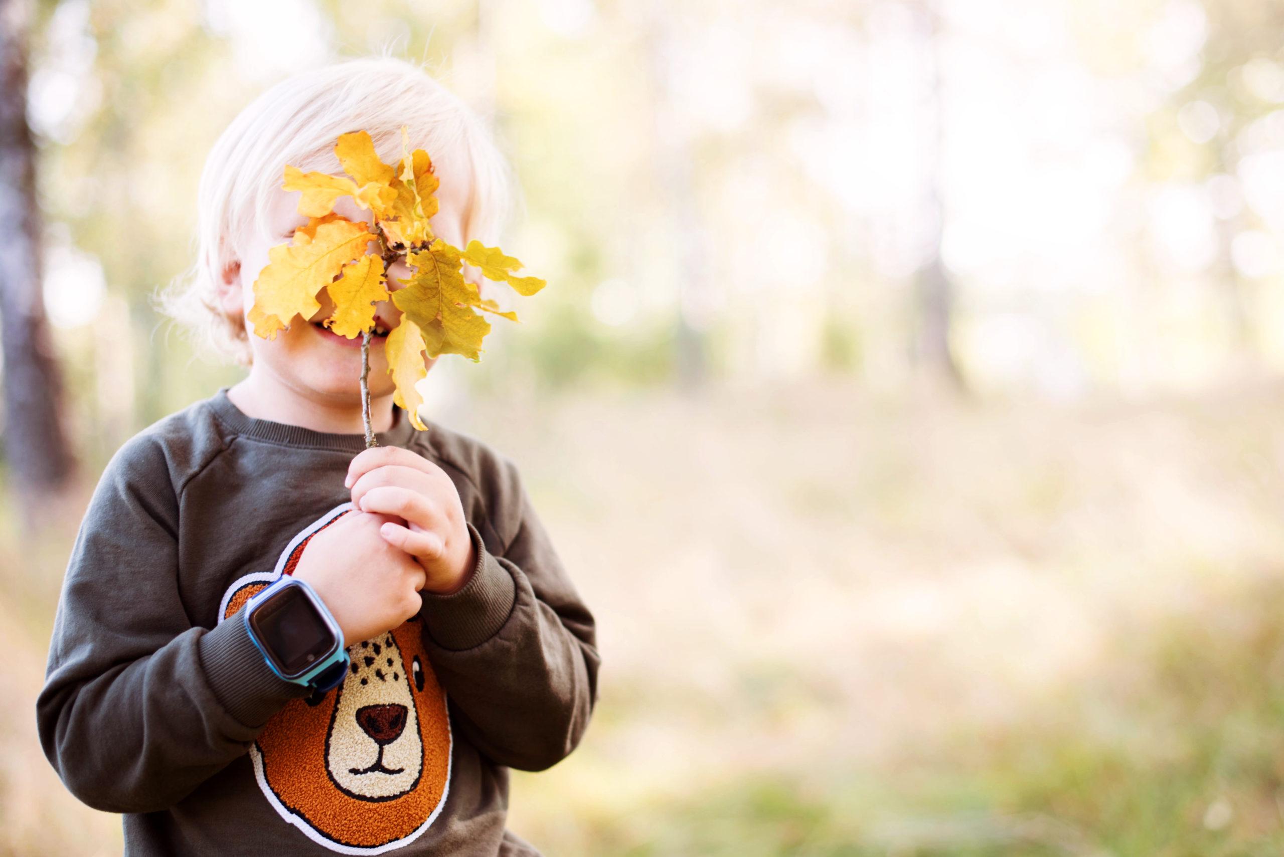 XPLORA smartwatch tipsar om roliga höstaktiviteter för barn