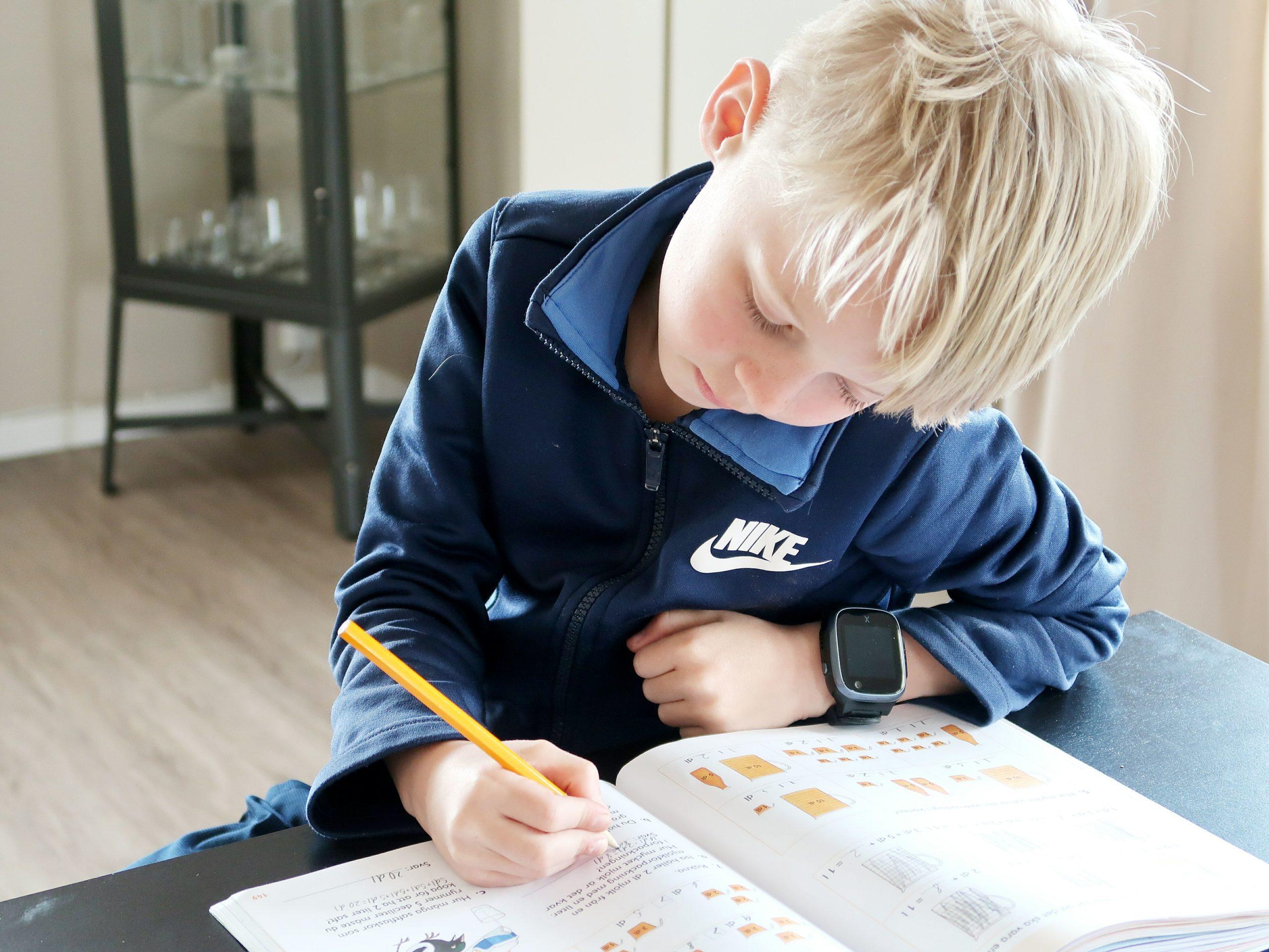 Kan barnet ha en Xplora smartklocka i skolan?